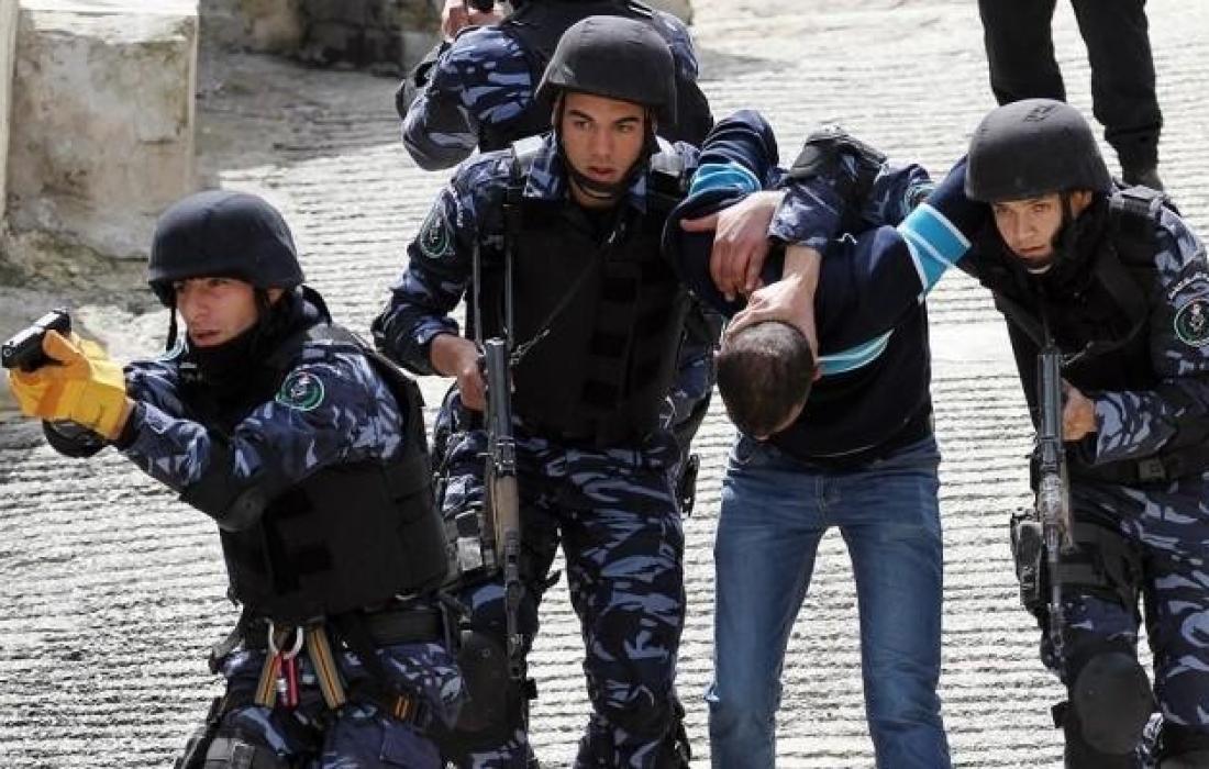 أجهزة السلطة تمنع تنظيم وقفة برام الله رفضًا للقمع والاعتقال السياسي