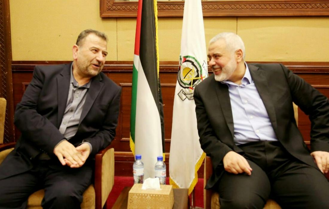 رئيس المكتب السياسي لحركة حماس اسماعيل هنية ونائبه صالح العاروري