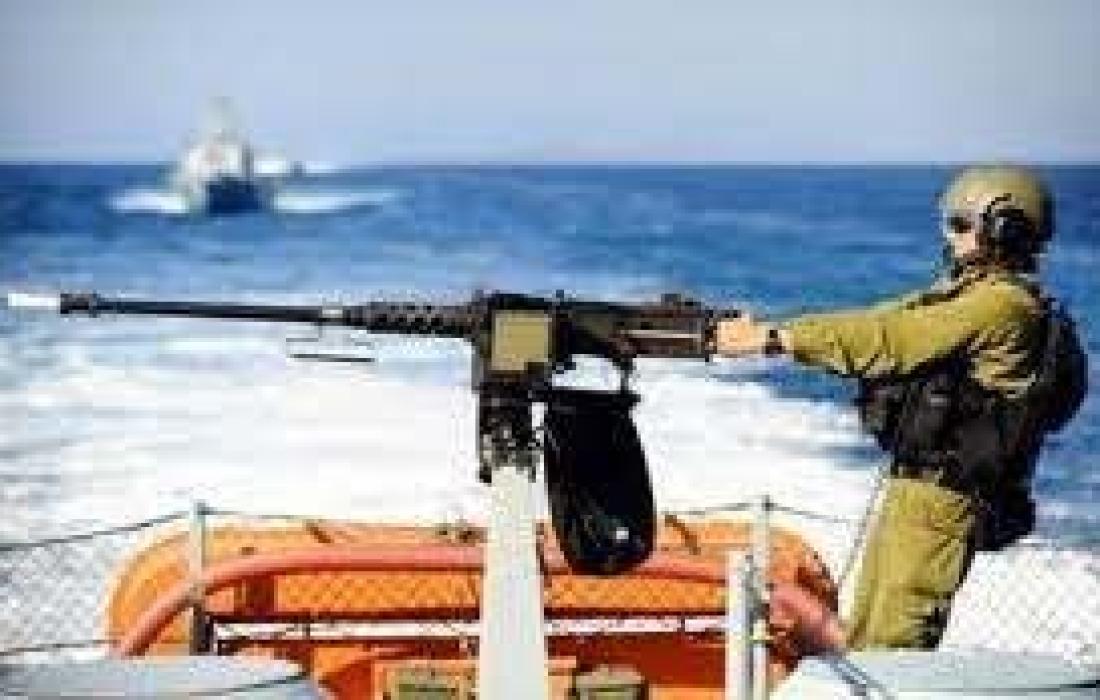 استهداف الاحتلال مراكب الصيادين