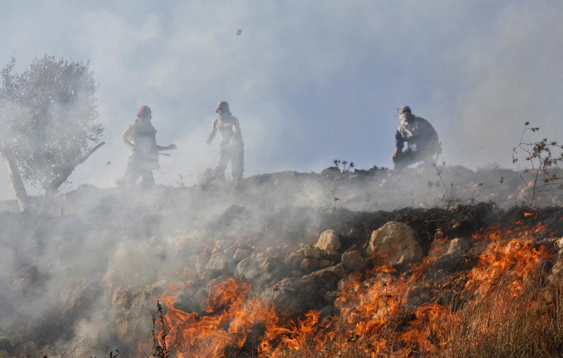 مستوطنون يحرقون الاف الدونمات في نابلس