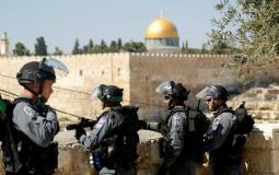 قوات الاحتلال تفرج عن حارس المسجد الاقصى