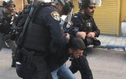 قوات الاحتلال تعتقل شاب من بيت لحم وتداهم منازل للمواطنين