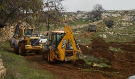 الاحتلال يجرف أراضي زراعية في قصرة جنوب نابلس