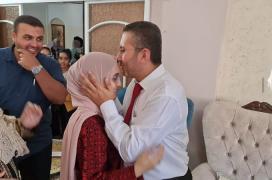 الطالبة لمى محمد زقوت من خان يونس الحاصلة على المركز الأول على مستوى الوطن
