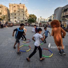 وسط أجواء من الفرح .. مبادرة شبابية للترفيه عن الأطفال جنوب قطاع غزة
